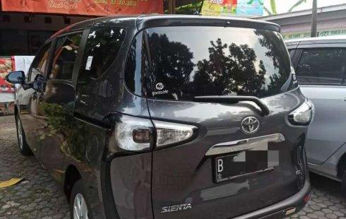 Jual cepat Toyota Sienta G 2017 di DKI Jakarta