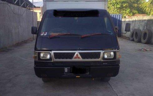 Jual Mitsubishi L300 2012 harga murah di Jawa Barat