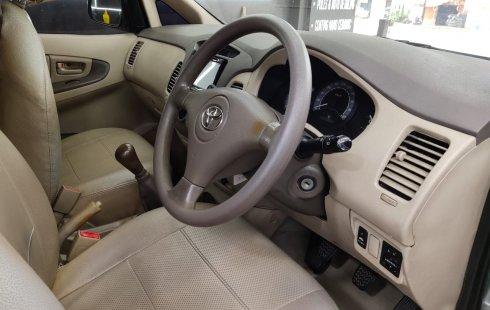 Dijual cepat Toyota Kijang Innova 2.0 G Manual 2007 di DKI Jakarta
