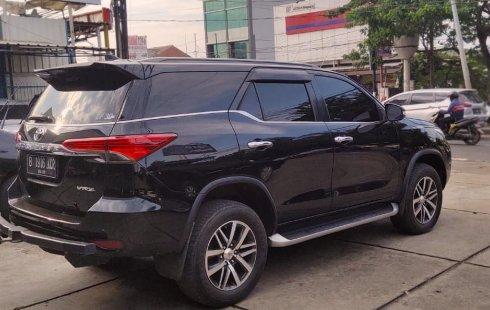 Jual Mobil Bekas Toyota Fortuner VRZ 2016 di Bekasi