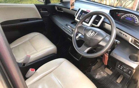 Jual mobil bekas murah Honda Freed PSD 2012 di Jawa Barat