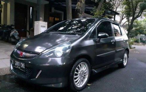 Dijual mobil bekas Honda Jazz i-DSI, Banten