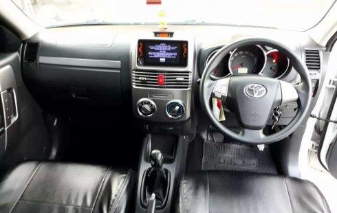 Jawa Timur, Toyota Rush G 2015 kondisi terawat