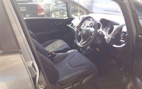 Dijual Mobil Honda Jazz RS 1.5 2012 Terawat di Bekasi