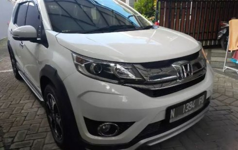 Jual Mobil Bekas Honda BR-V E Prestige 2016 di Jawa Timur