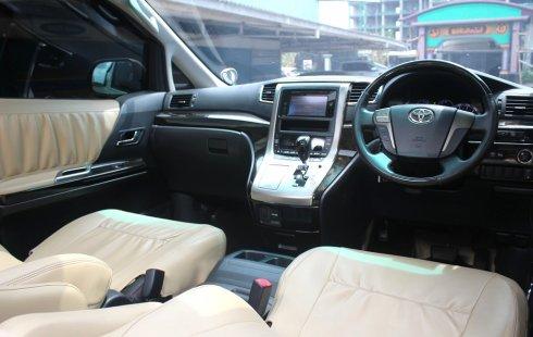 Jual Cepat Toyota Vellfire Z A/T 2011 Putih di DKI Jakarta