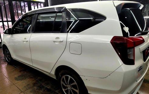 Dijual cepat mobil Daihatsu Sigra R 2016 Putih, DKI Jakarta