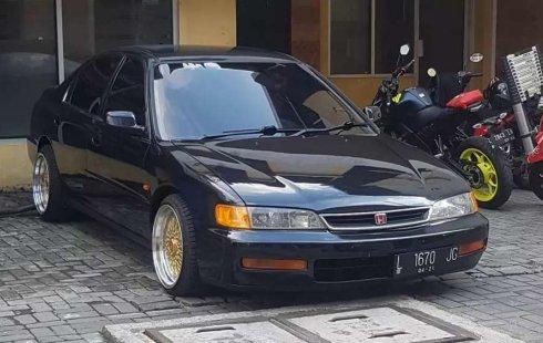 Mobil Honda Accord 1996 dijual, Jawa Timur