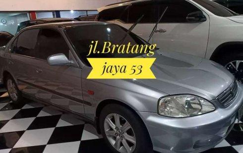Jual mobil bekas murah Honda Civic 2000 di Jawa Timur