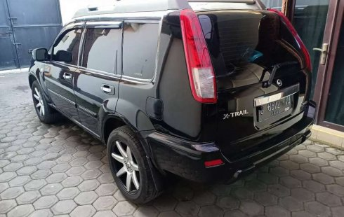 Mobil Nissan X-Trail 2005 XT terbaik di Jawa Tengah