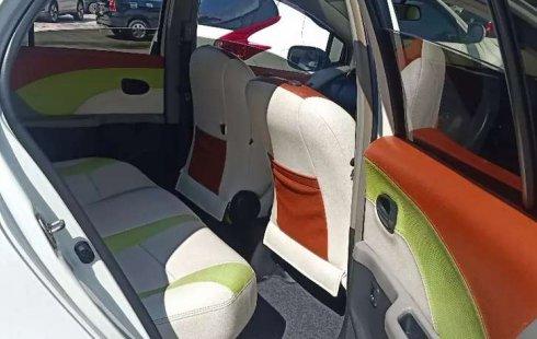 Jual mobil bekas murah Toyota Yaris E 2011 di Riau