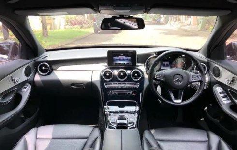 Jual mobil bekas Mercedes-Benz C-Class C200 AMG 2017 di DKI Jakarta