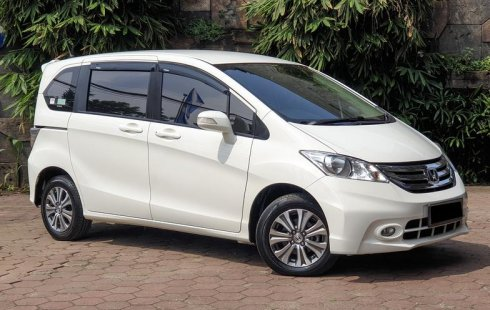 Dijual cepat mobil Honda Freed E 2015 di DKI Jakarta