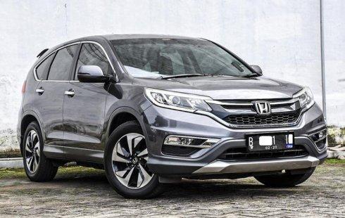 Dijual mobil Honda CR-V 2.4 2015 terbaik di DKI Jakarta