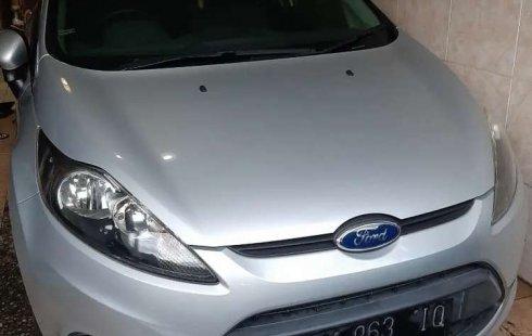 Mobil Ford Fiesta 2011 dijual, Bali