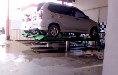 Dijual Mobil bekas Daihatsu Xenia 1.3 Manual 2005 di Bogor
