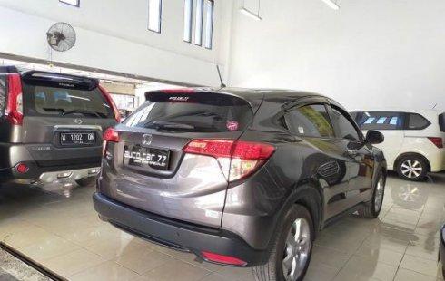 Dijual cepat Honda HR-V 1.5L E CVT 2017 terbaik di Jawa Timur