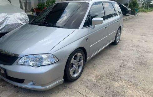 Jual Honda Odyssey Absolute V6 automatic 2003 harga murah di Sumatra Selatan