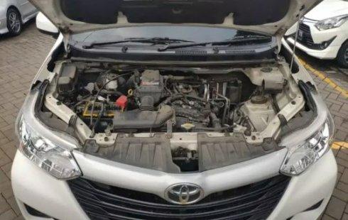 Jual Mobil Bekas Toyota Avanza E 2018 di Tangerang Selatan
