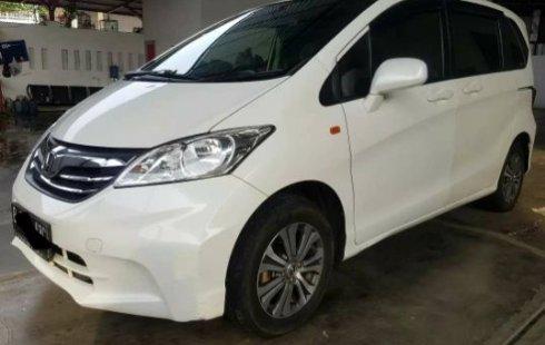 Jual Mobil Honda Freed SD 2012 Terawat di Bekasi