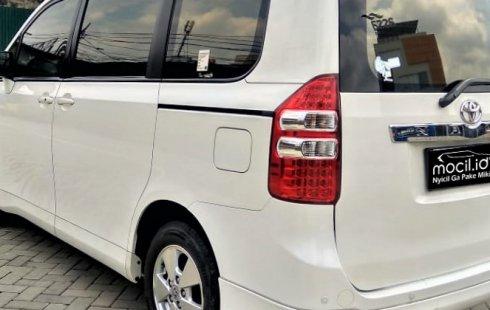 Jual mobil Toyota NAV1 V 2013, DKI Jakarta