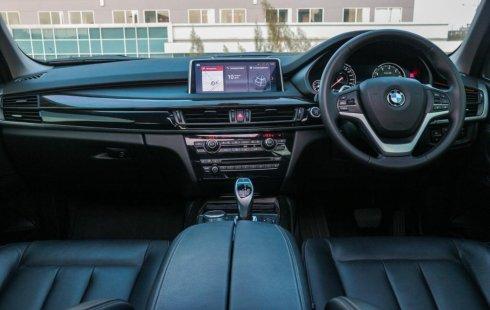 Dijual mobil BMW X5 xLine xDrive 3.5i 2017 Jawa Timur