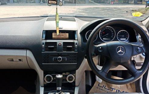 Dijual Mobil Bekas Mercedes Benz C200 CGI 2011 di DKI Jakarta