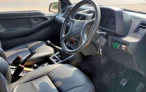 Mobil Suzuki Vitara 1993 terbaik di Lampung