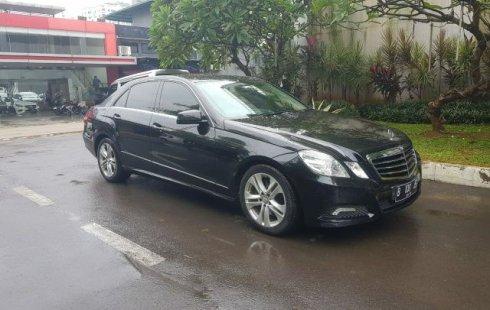 Dijual Mobil Mercedes-Benz E-Class E 300 Avantgarde 2010 AT Hitam, DKI Jakarta