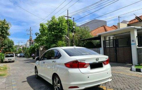 Jual mobil bekas murah Honda City E 2016 di Jawa Timur