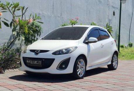Jual mobil bekas Mazda 2 R 1.5L 2013 di Jawa Timur