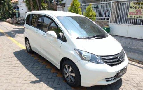 Jual mobil bekas Honda Freed PSD 1.5L 2010 di Jawa Timur
