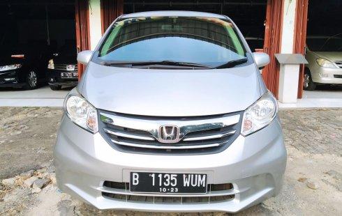 Dijual Mobil Honda Freed SD 2012 di DKI Jakarta