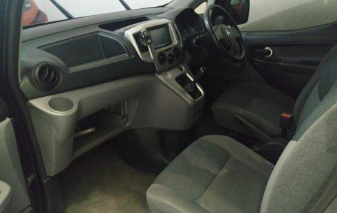 Dijual Mobil Nissan Evalia SV 2013 di Jawa Timur