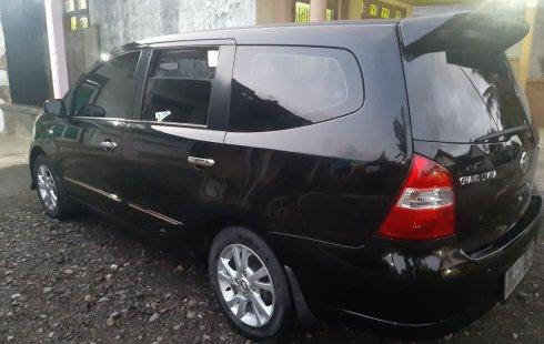 Jual Mobil Bekas Nissan Grand Livina XV 2013 di Jawa Timur