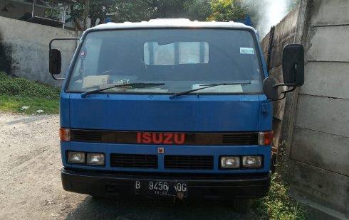 Dijual Mobil Isuzu Bison Standard NPR 58 GR 1993 di DKI Jakarta