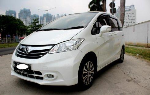 Jual Mobil Bekas Honda Freed SD 2015 Putih di DKI Jakarta