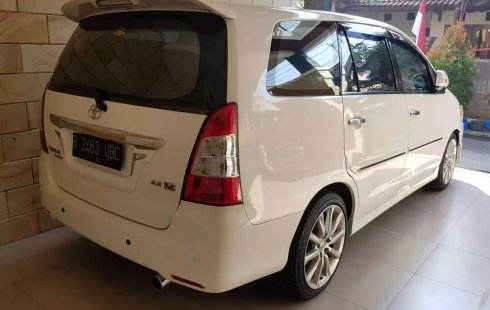 Jual cepat Toyota Kijang Innova V 2012 di Jawa Timur