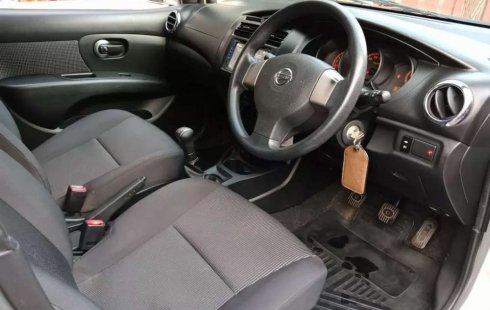 Mobil Nissan Grand Livina 2012 SV dijual, Jawa Barat