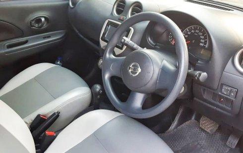 Dijual Cepat Nissan March 1.2 Automatic 2012 di Jawa Tengah