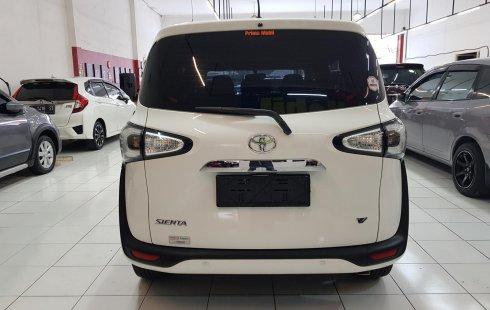 Dijual Cepat Toyota Sienta V 2019 Automatic di Jawa Timur