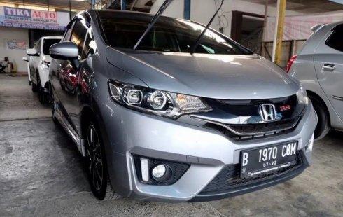 Dijual Mobil Bekas Honda Jazz RS CvT 2017 di Tangerang