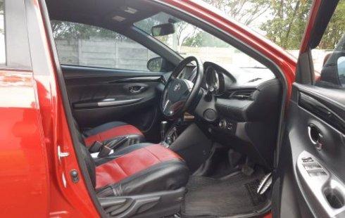 Dijual Cepat Toyota Yaris S TRD 1.5 AT / Matic 2015 merah di Bekasi
