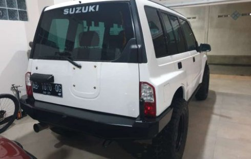 Jual cepat mobil Suzuki Vitara 4x4 Manual 1993 di DI Yogyakarta