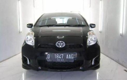 Dijual Cepat Toyota Yaris E 2013 di Jawa Barat