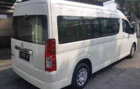 Jual mobil Toyota Hiace High Grade Commuter 2019 , Kota Surabaya, Jawa Timur