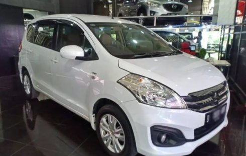 Dijual Mobil Suzuki Ertiga GL 2015 Terawat di Jawa Barat