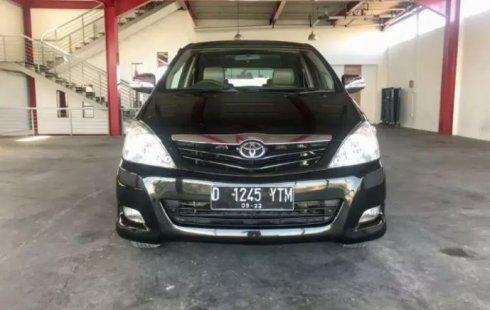 Dijual Mobil Bekas Toyota Kijang Innova G 2011 di Jawa Barat