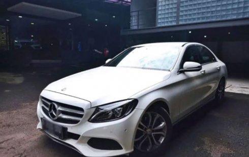 Dijual Mobil Mercedes-Benz C-Class C200 2016 di Jawa Barat