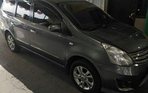 Dijual Mobil Bekas Nissan Grand Livina XV 1.5 M/T 2013 di Jawa Barat